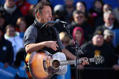 Bruce Springsteen Photos: Obama Campaigns In Midwest Swing States One Day Before Election Day