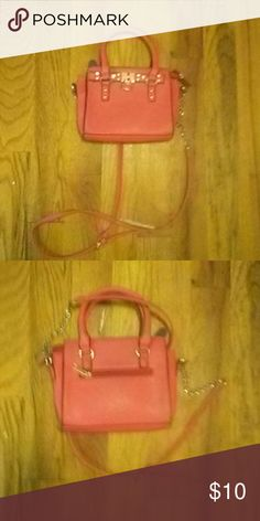 Hot pink \ type orange purse This can go on shoulder. Strap can come on and off. Aeropostale Bags Crossbody Bags