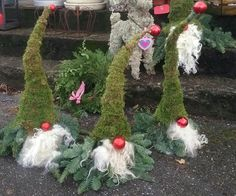 In this DIY tutorial, we will show you how to make Christmas decorations for your home. The video consists of 23 Christmas craft ideas. Christmas Gnome, A Christmas Story, Rustic Christmas, Christmas Wreaths, Christmas Crafts, Christmas Ornaments, Christmas Garden Decorations, Flower Decorations, Christmas Inspiration