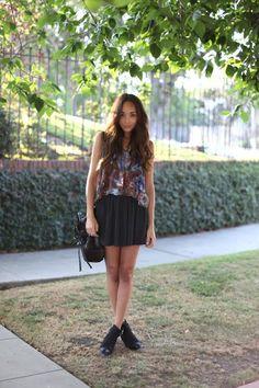 skirt,shirt,ankleboots.