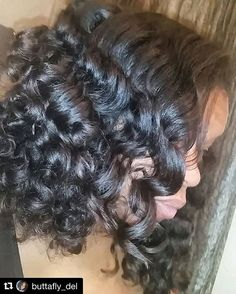 with ・・・ Did technique with the rollers. Bouncy Curls, Blow Dry, Rollers, Straight Hairstyles, Kinky, Curly, Dreadlocks, Long Hair Styles, Instagram Posts