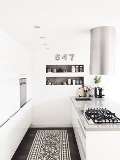 Black And White Kitchen Rug Delta Faucet Parts List 920 Best Kitchens Images In 2019 Dining Decorating Modern Floor Shelves Interior