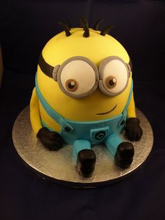 GEEK - CAKE - Despicable Me: Minion Cake by ~sparks1992 on deviantART