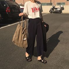 daily outfit with wide pants to look fashionable page 11 Look Fashion, Korean Fashion, Fashion Outfits, Womens Fashion, Fashion Trends, Ulzzang Fashion, Girl Fashion, Grunge Style, Soft Grunge