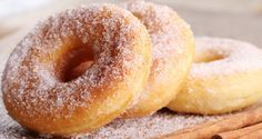 Beignets Cuits au Four - Page 2 sur 2 - Tasties Foods Apple Cake Recipes, Donut Recipes, Snack Recipes, Dessert Recipes, Quick Family Meals, Family Recipes, Yeast Donuts, Oven Recipes, Baking Recipes