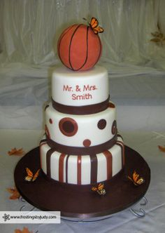 A wedding cake that reflects the bride and groom's love of basketball