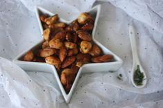 Karamelliserte nøtter med salt og rosmarin