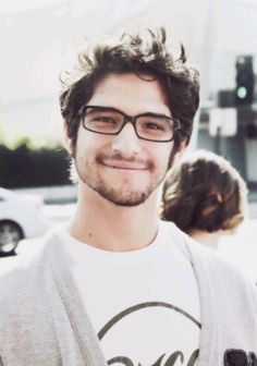 Tyler Posey currently inlove with him Tyler Posey, Tyler Garcia Posey, Dylan O'brien, Wolf Love, Teen Wolf Cast, Scott Mccall, Raining Men, Famous Men, Film Serie