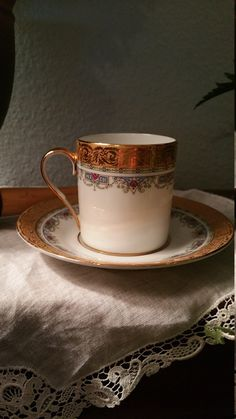 This is a beautiful set. No visible wear. Estate owned. In perfect condition. Very pretty pattern. Simple but elegant. Cup is 2.5 X 2, Saucer is 5 inch. Would make a lovely addition to an existing collection, or a reason to start one ! 22 K accents