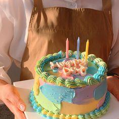 """전주쥬쥬케이크🎂 on Instagram: """"ㆍ [수강생님작품] 속성1일차❤️❤️6시간 긴 시간동안 수고많으셨어요❤️❤️내일도 화이팅!"""" Beautiful Birthday Cakes, Beautiful Cakes, Amazing Cakes, Cute Desserts, Homemade Desserts, Bts Cake, Just Cakes, Fancy Cakes, Pretty Cakes"""