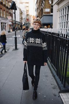 Get this look: http://lb.nu/look/6856116  More looks by Toni Caroline: http://lb.nu/tonicaroline  Items in this look:  Vintage  Christmas Jumper   #casual #classic #vintage