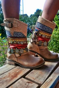 The boom of the boho look is at it's peak. For those who refuse to wear sneakers, don't want to shell out a fortune...