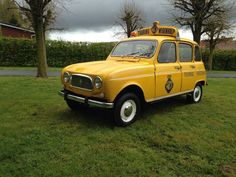 Renault - 4l Touring 'wegenhulp' - 1962