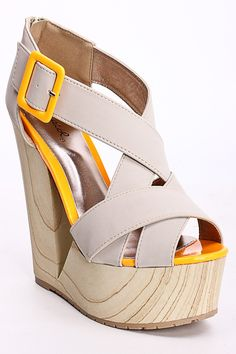 I love these wedges!!! Cute yellow accents too.