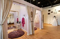 Great Free Bridal Boutique dressing room Ideas It's tough to understand you may anticipate the land visit a wedding outfit boutique. The browsing Showroom Interior Design, Boutique Interior Design, Bridal Boutique Interior, Pipe And Drape, Dressing Room Design, Workout Rooms, Store Design, Home, Shop Ideas