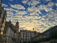 El cielo está emborregado quién lo desemborregará? El desemborregador que lo desemborregue buen desemborregador será!  #Jaén #cielo #nubes #sky #clouds #catedral #cathedral