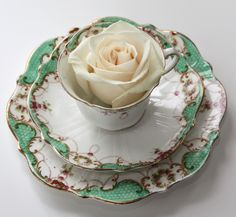 Look at these vintage plates from Vintage China Hire