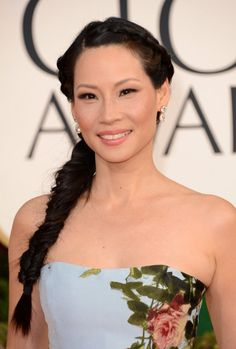 2013 Golden Globe Awards Hairstyles: Lucy Liu's Tousled Fishtail