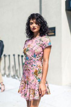 Image of #NYFW:直擊紐約時裝展場外,看一眾街拍潮人的穿搭有多吸睛!