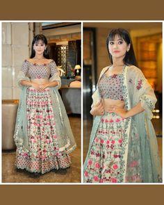 When Shivangi Joshi outclassed the off-shoulder fashion Lehenga Choli Designs, Indian Wedding Outfits, Indian Outfits, Ethnic Outfits, Indian Designer Outfits, Designer Dresses, Lehnga Dress, Skirt And Top Set, Off Shoulder Fashion
