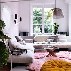 Moderne rosa Wohnzimmer