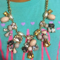 Bold necklace Bold statement necklace Forever 21 Jewelry Necklaces