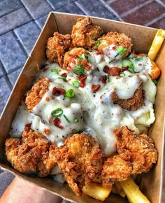 Fried Shrimp and Fries - December 08 2018 at - and Inspiration - Yummy Fatty Meals - Comfort Foods Recipe Ideas - And Kitchen Motivation - Delicious Steaks - Food Addiction Pictures - Decadent Lifestyle Choices Think Food, I Love Food, Good Food, Yummy Food, Healthy Food, Healthy Tips, Junk Food Snacks, Snacks Recipes, Burger Recipes