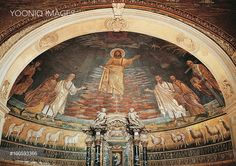 Christ in heaven, apse mosaic, Basilica of Saints Cosmas and Damian, Rome. Italy, 6th century.