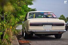 Japanese Cars, Vintage Japanese, Datsun 1600, Oita, Ae86, Transporter, Retro Cars, Car Pictures, Blue Bird