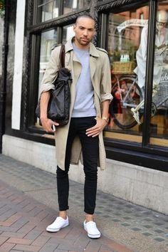 Very urban and casual easy to get look: Gabardine+ sweatshirt+ fit denim trouser + messenger bag.