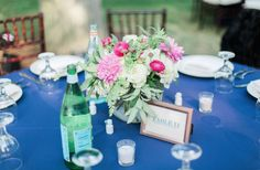 Blue and pink table decor
