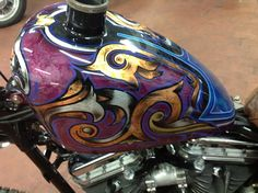 Custom Motorcycle Paint Jobs, Custom Motorcycles, Custom Bikes, Motorcycle Tank, Motorcycle Clubs, Helicopter Kit, Airbrush, Custom Tanks, Paint Photography