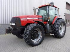 Bouwjaar: 2002. Make case type mx 270 4wd hours 6155 air conditioning yes, working transmission good working. Engine 6 cilinder turbo diesel good running engine power 261 hp speed 40 km/h front tyres