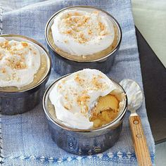 Warning: Roasting bananas for your banana pudding will lend the dish a dangerously delicious depth of flavor. 'Like' if you're ready to get cookin' with this recipe for Roasted Banana Pudding. Brownie Desserts, Oreo Dessert, Mini Desserts, Coconut Dessert, Healthy Desserts, Just Desserts, Delicious Desserts, Dessert Recipes, Trifle Desserts