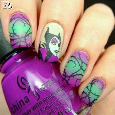 44 Cute Holiday Nail Art Design Ideas Match For Fall And Winter Season Fancy Nails, Cute Nails, Pretty Nails, Disney Halloween Nails, Halloween Nail Designs, Maleficent Nails, Nail Art Disney, Nail Art Designs, Holiday Nail Art