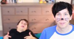 see him in the corner, he is sugarscapes hottest lad of 2012...    PINOF5  | dan and phil |
