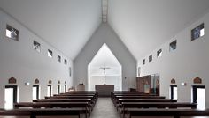 Image 2 of 16 from gallery of Inbo Catholic Church / Archigroup MA. Photograph by Yoon, Joonhwan Church Architecture, Religious Architecture, Interior Architecture, Architecture Magazines, Church Interior Design, Church Design, Church Stage, Church News, Ulsan