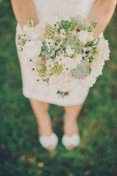sweet succulent and white flower bouquet // photo by MangoStudios.ca