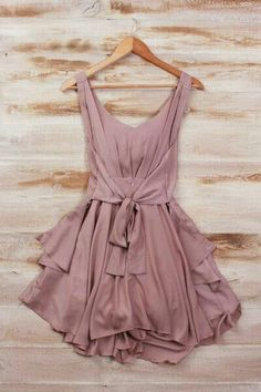 The Vogue Fashion: Smart Mauve Silk Mini Dress Mode Outfits, Fashion Outfits, Womens Fashion, Dress Fashion, Fashion Clothes, Hipster Outfits, Girl Fashion, Purple Fashion, Fashion Sandals