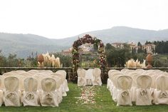 Planning A Wedding In Tuscany: Interview With Simona Cappitelli - Girl in Florence Thailand Honeymoon, Tuscan Wedding, Marrying My Best Friend, Joy And Happiness, Burgundy Wedding, Marry Me, Tuscany, Wedding Bells, Florence