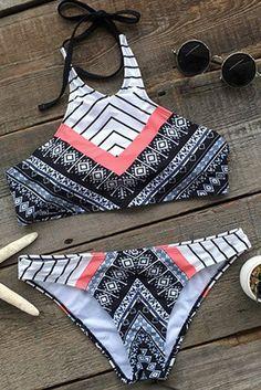 Cupshe Caught in a Dream Printing Bikini Set