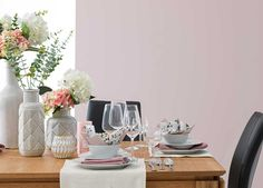 Relatert bilde Vase, Home Decor, Pictures, Decoration Home, Room Decor, Vases, Home Interior Design, Home Decoration, Interior Design