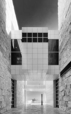 Getty Center | Richard Meier | DocSaintX