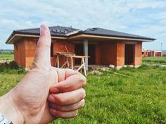 """38 Likes, 1 Comments - Michal Botansky (@michal_botansky) on Instagram: """"🇸🇰pre niekoho nový domov. S kým tu budeme grilovať na kolaudačnej párty?*z môjho biznisu -…"""""""
