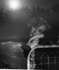 1953 Andre De Dienes , Marilyn Monroe Midnight Blues