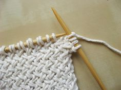 Diagonal Basketweave #Knitting #Pattern #knit #make #craft