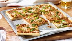 MAGGI Rezeptidee fuer Bolognese-Spargel-Pizza