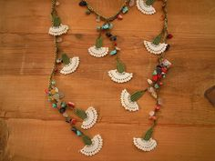 lariat necklace crochet flower necklace white by PashaBodrum