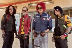 Despite the not so great album that was The Black Parade, I still love My Chemical Romance. Perhaps even more so after their latest album.