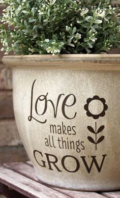 DIY Flower Pot Decal / Love Makes All Things Grow / Spring Gift Idea / Planter Garden Decor / Mothers Day Gift \ gift ideas Painted Clay Pots, Painted Flower Pots, Painted Pebbles, Flower Pot Crafts, Clay Pot Crafts, Flower Pot Design, Fleurs Diy, Pot Jardin, Diy Garden Decor